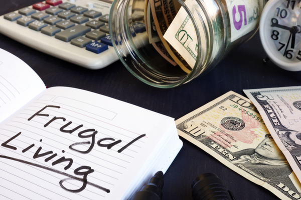3 Tips for a Frugal Daily Routine