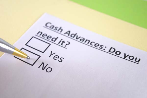 4 Reasons to Avoid Cash Advances